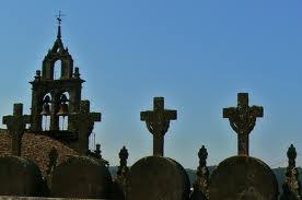 Cementerio y campanas